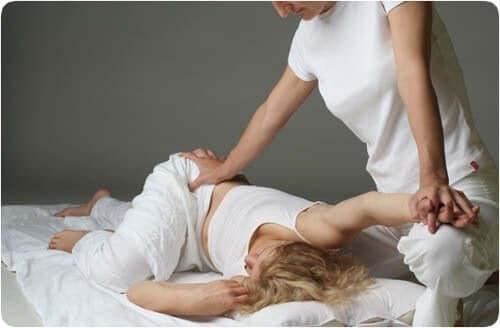 Massaggio shiatsu e tutti i benefici per il corpo