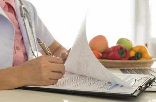 Guida alimentare per l'insufficienza renale