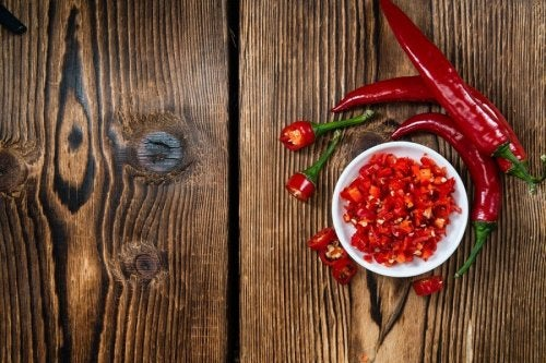 Proprietà dimagranti del peperoncino intero e macinato