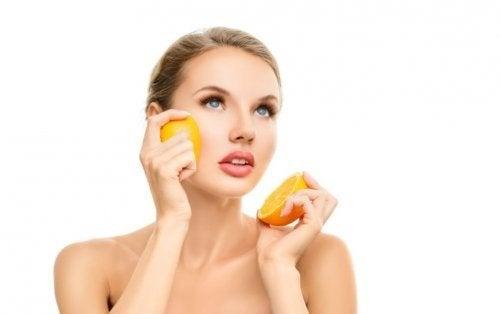 Crema alla vitamina C, antiossidante e rigenerante