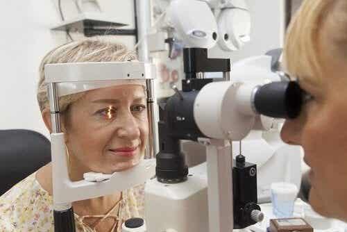 Ipertensione oculare: cause e trattamento