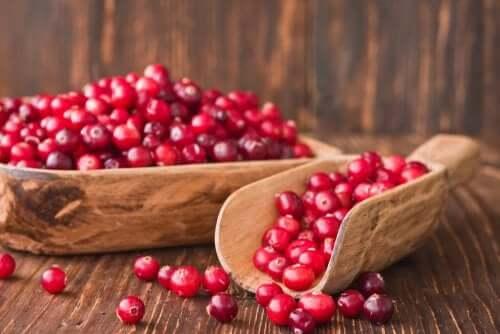 Rimedi al mirtillo rosso facili da preparare ed efficaci