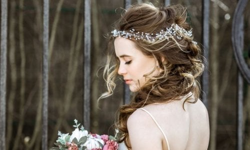 Le migliori acconciatura da sposa, capelli sciolti