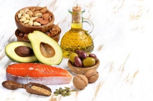 Dieta chetogenica, alimenti con grassi sani
