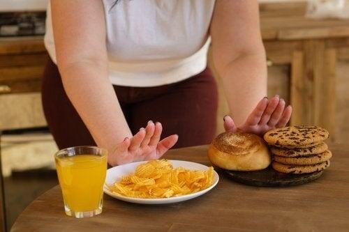 Regolare la glicemia: 10 alimenti proibiti