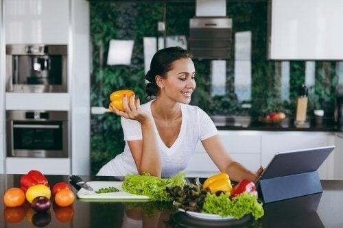 Saltare la cena aiuta a perdere peso?
