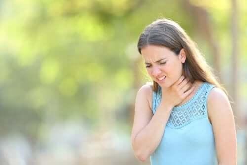 Catarro in gola: cosa possiamo fare?