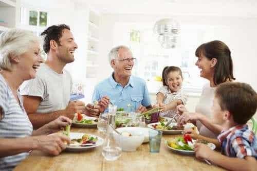 Mangiare in famiglia: perché è importante?