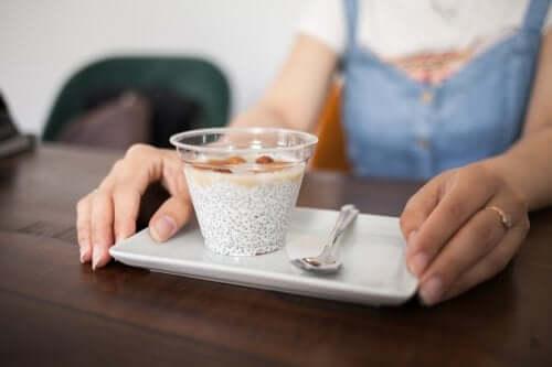 Snack sani da portare al lavoro: 6 idee