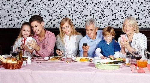 Riunioni moderne di famiglia