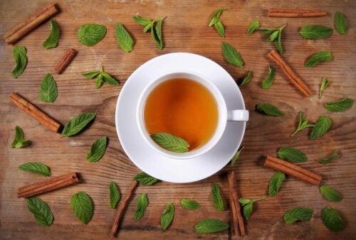 La cannella nel tè