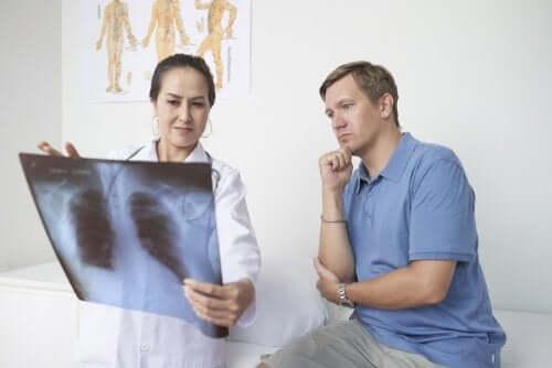 Pleurite: sintomi, cause e trattamento