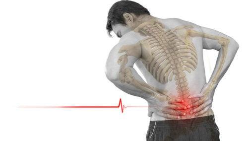 Fibrodisplasia ossificante. Uomo con dolore lombare