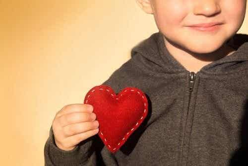 Stimolare l'autostima nei bambini, 4 strategie