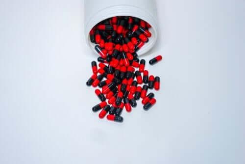 Ampicillina: dosi e precauzioni del farmaco