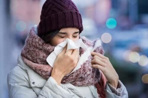 Prendere il raffreddore: perché succede?