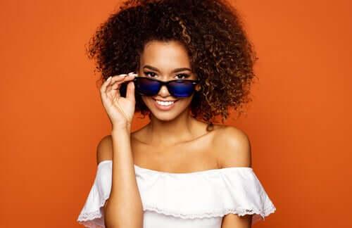 Accessori per ragazze: occhiavi da sole