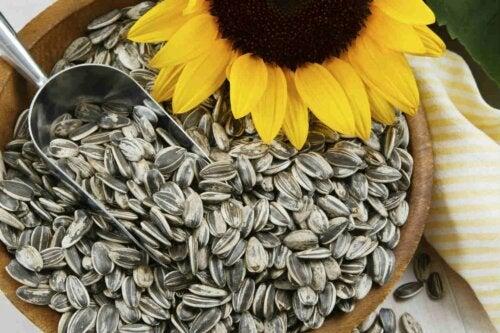 Semi di girasoli, alimenti ricchi di biotina
