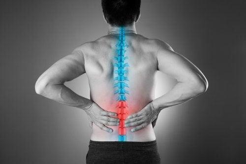 Calmare il dolore lombare in modo naturale