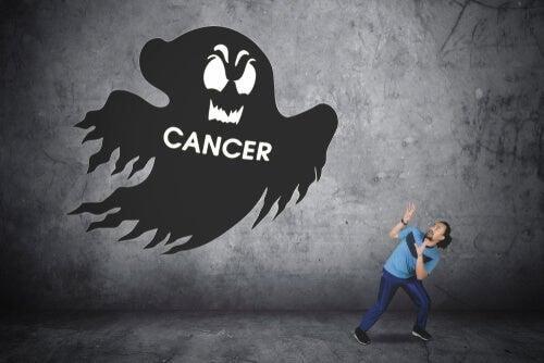 Paura di ammalarsi di cancro: quando è irrazionale