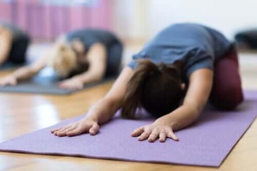 Yoga per il dolore mestruale