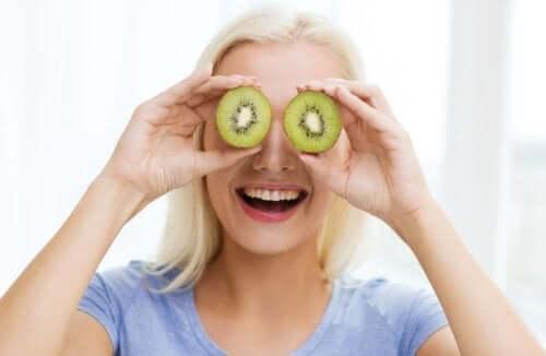 Alimenti per tenere sotto controllo i sintomi della menopausa