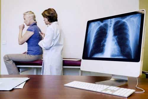 Asbestosi: sintomi di una malattia polmonare