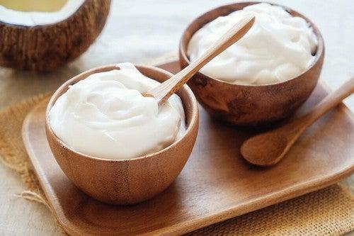 Yogurt bianco sano