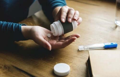 Flacone di antinfiammatorio non steroideo