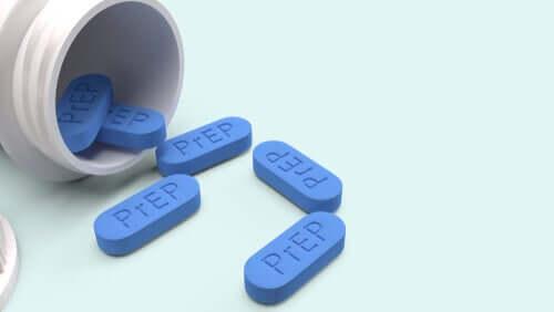 Farmaco per il trattamento antiretrovirale