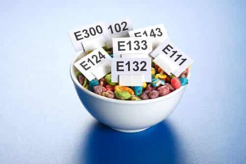 Additivi alimentari: come agiscono nel nostro organismo