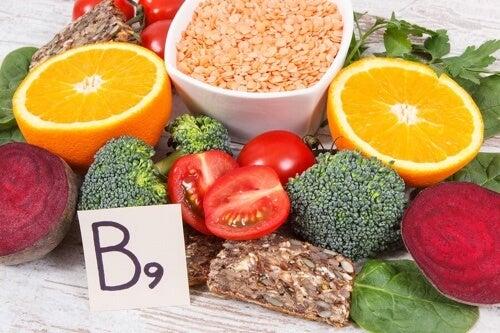 Alimenti ricchi di acido folico e benefici per la salute
