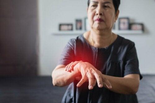 Donna affetta dal Parkinson