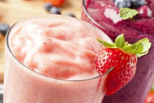 Bevande estive, frullato di fragole