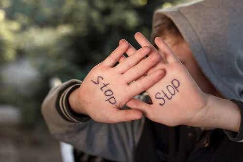 L'abuso emotivo: effetti a breve e a lungo termine