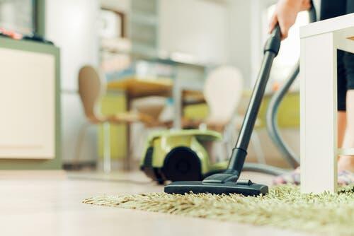 Angoli di casa da pulire