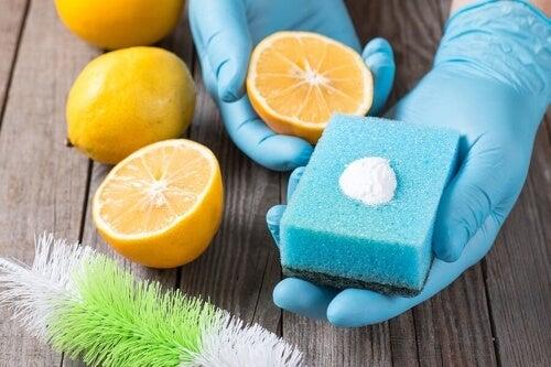 Detergenti chimici per le pulizie: sono pericolosi?