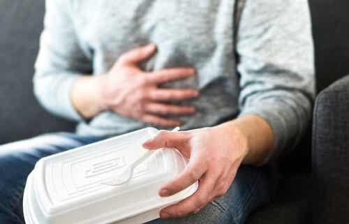 Combattere il reflusso gastroesofageo cambiando la dieta