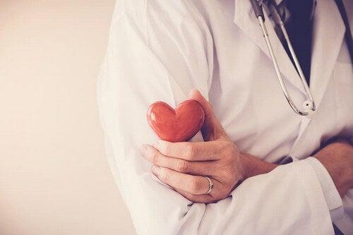 Prevenire un attacco di cuore con 5 abitudini