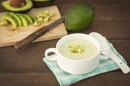 Creme fredde vegetariane, crema di avocado
