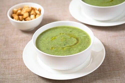 Zuppa di zucchine e aglio per il sistema immunitario