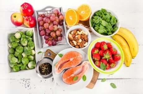 Dieta mediterranea per proteggere il fegato.