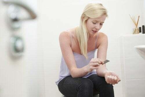 Autolesionismo negli adolescenti: come affrontarlo?