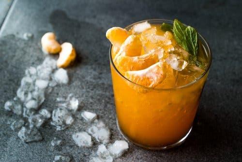 Frullato di mandarini e curcuma.