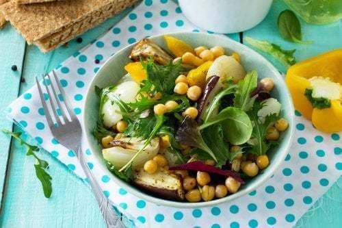 Insalata di ceci e melanzane: sana e gustosa