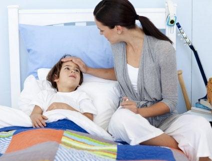 Far dormire sulla schiena se il bambino respira male.