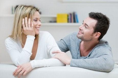 Parlare con il proprio partner è molto importante.
