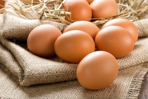 Uova per preparare i pancake