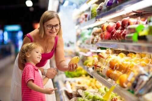 Alimentazione del bambino in estate: alcuni consigli