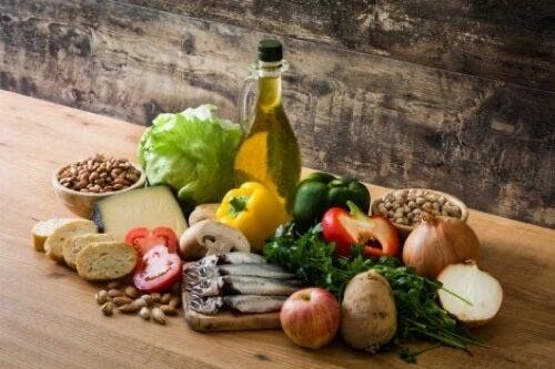 Ingredienti della dieta mediterranea.